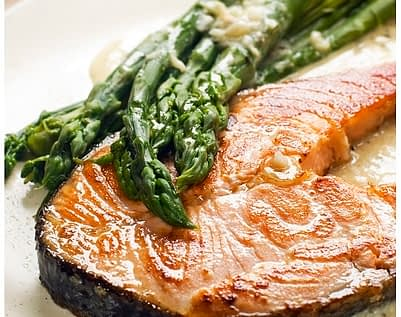 Healthy Recipe For Recovery Easy Garlic Salmon And Asparagus In Foil
