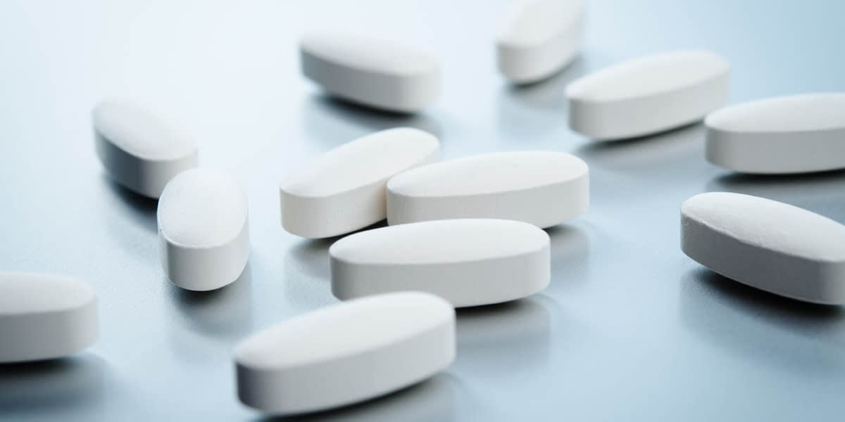 Pills on the table that can lead to suboxone side effects