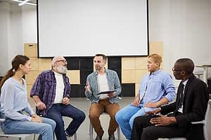 a group therapy at alcohol rehab near spokane
