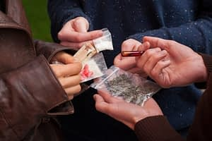 Heroin Abuse Spreads in Rural Towns