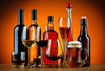Finding an Alcohol Addiction Detox Program for a Loved One