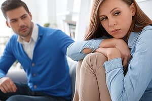 Woman disengaged from man in picture after learning about xanax withdrawal timeline