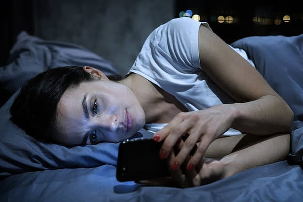 woman wondering about the link between social media and depression