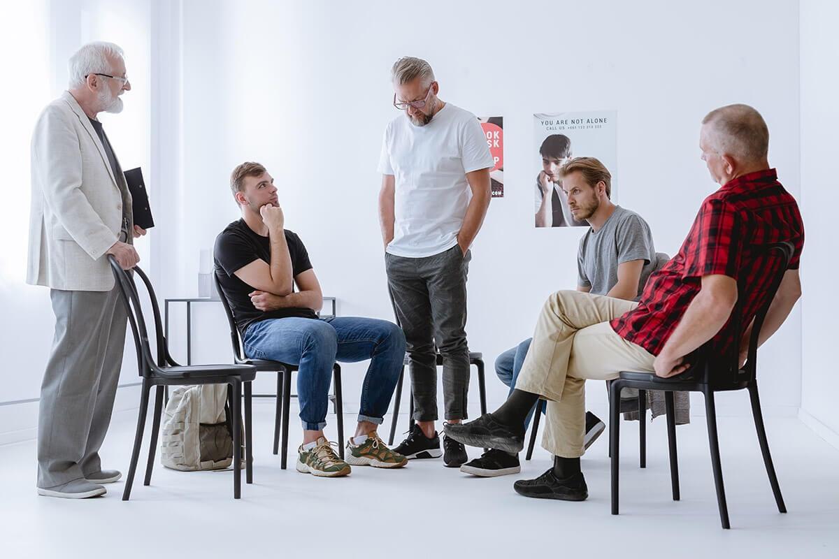 men at a men's alcohol rehab program