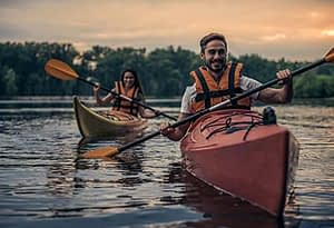 man and woman kayaking at our drug rehab center program near Tualatin, Oregon