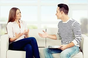 two people talk at Addiction Treatment in Portland, Oregon