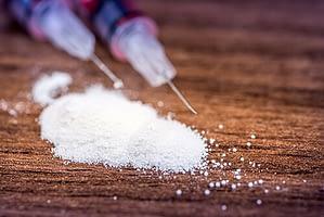 portland oregon heroin needles on table