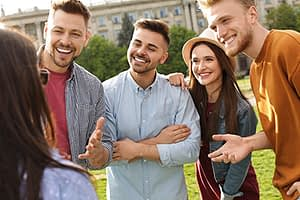 a group of people meet at a heroin rehab center near bainbridge
