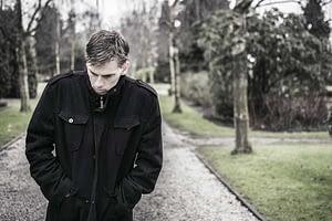 man struggles to understand addiction vs dependence
