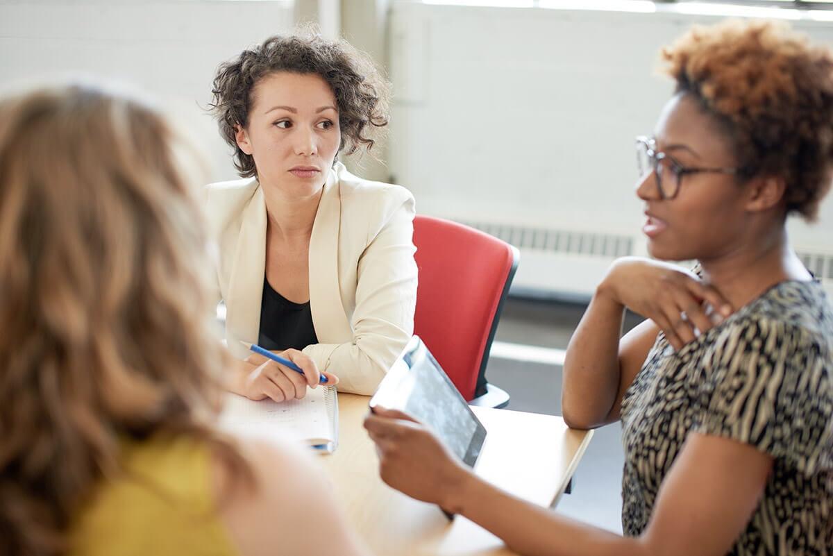 women at a womens drug rehab program