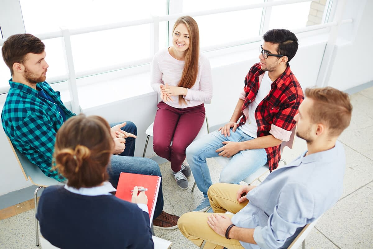group therapy at a beaverton rehabilitation center