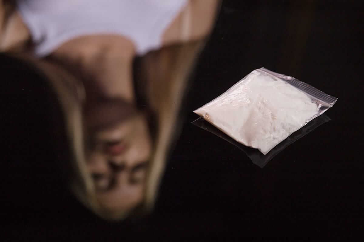 woman looking at the meth wondering about effects of meth