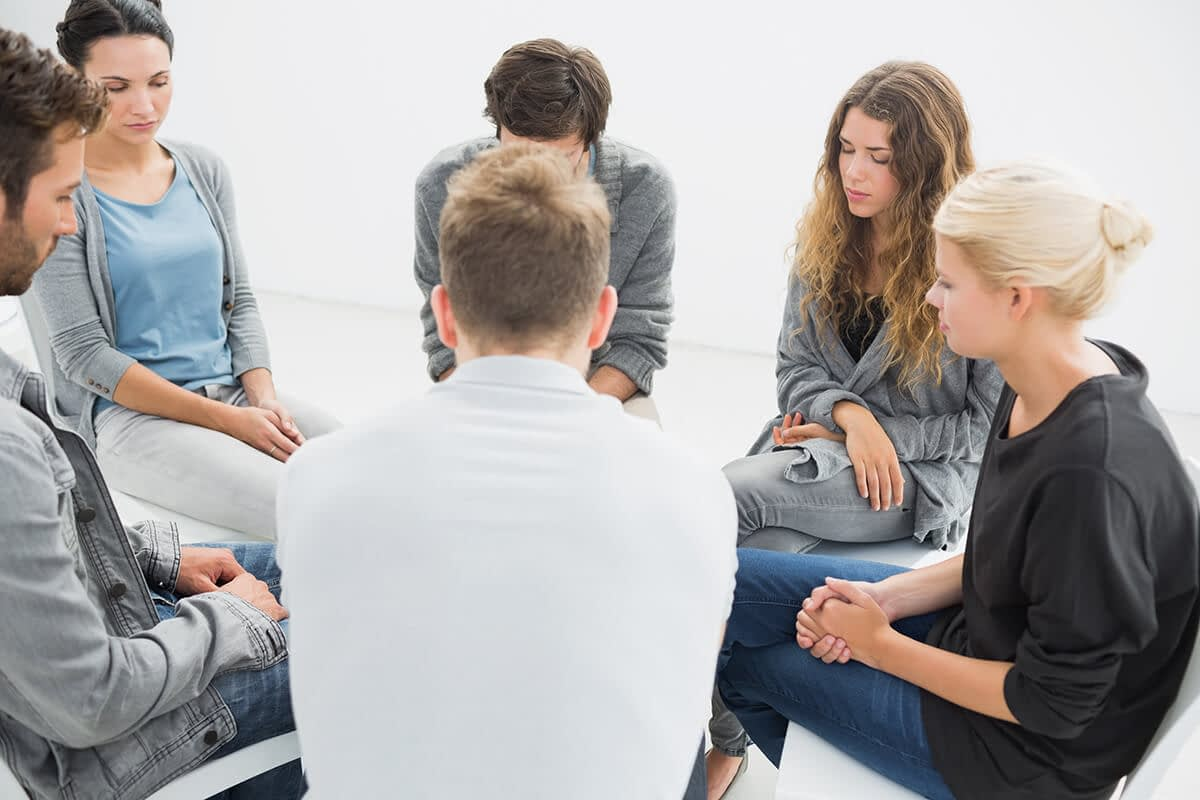 group therapy session at a drug rehab beaverton or offers