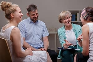 the best rehab facilities offer group therapy
