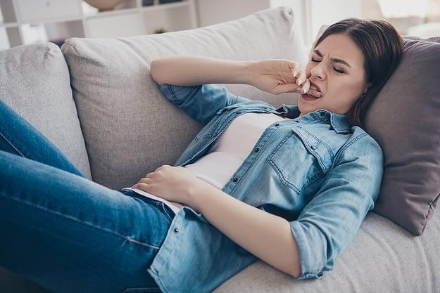 woman wondering what are addictive behaviors